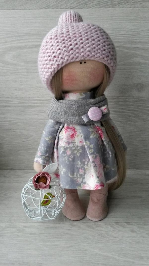 Бесспорно, сшитая кукла вручную выглядит уникально